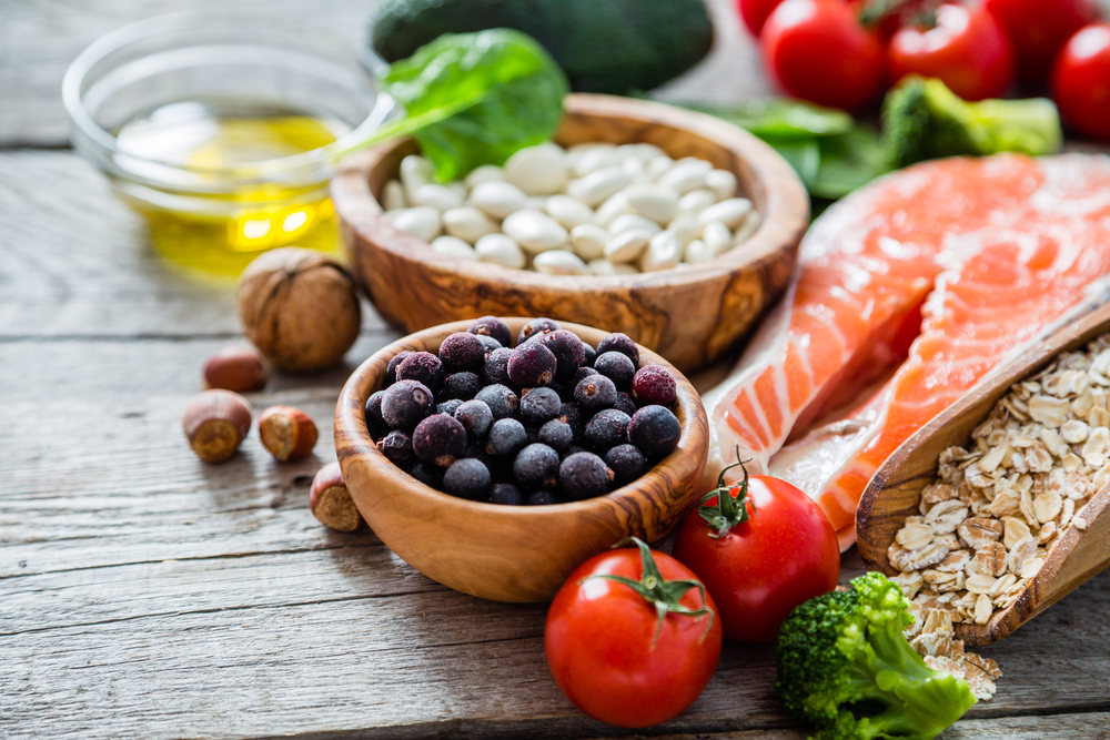 Foods that are part of a balanced diet to reduce brain fog